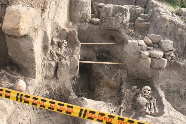 10 inhumaciones - Hallazgo arqueológico de Usme
