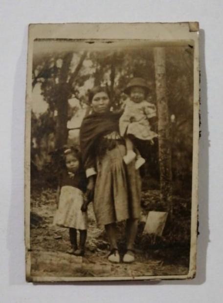 Abuela e Hijas-Familia Ramírez